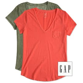 GAP Ladies Vintage Wash V-Neck Tee